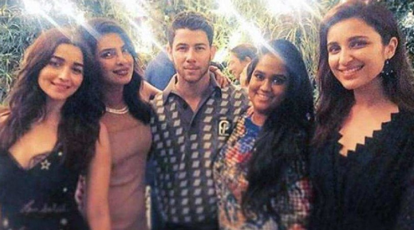 Priyanka And Nick's Latest Engagement Pics Prove Why Bonds Are Made In Heaven